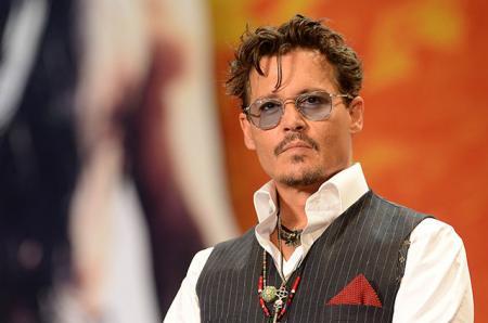 Личная жизнь Джонни Деппа налаживается: актер начал ходить на свидания после развода