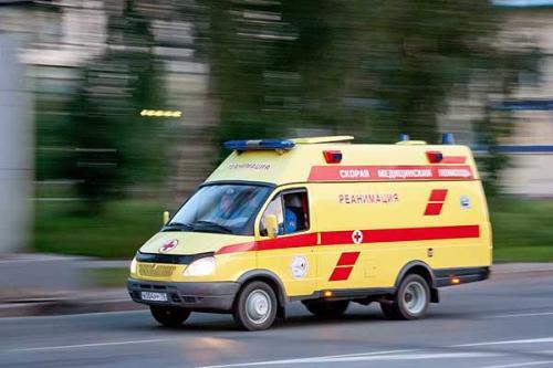 В Петербурге годовалый малыш попал в больницу после падения с кровати