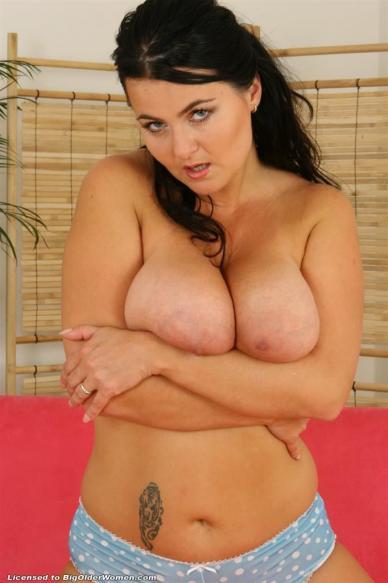 women sucking dicks busty escort perth